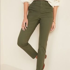Old Navy Pixie Cargo Pant Olive Size 18